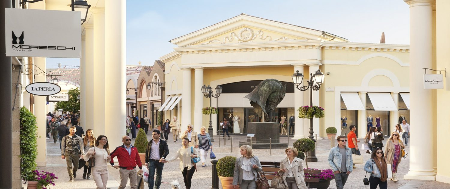 OUTLET SHOPPING CASTEL ROMANO DAY TOUR | Welcome Italy